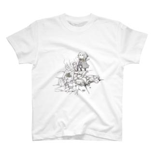 赤ずきんクラッシャー T-shirts