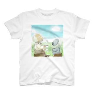 おじいちゃんとコアラ T-shirts