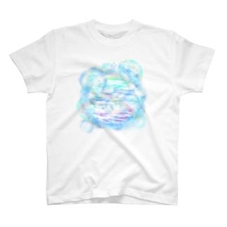 泡沫 T-shirts