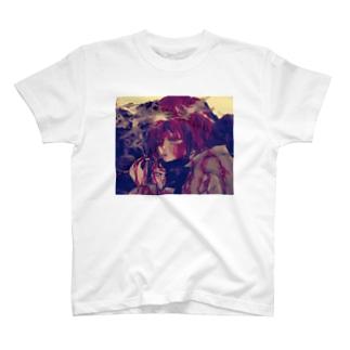 ヤニカス流血ちゃん T-shirts