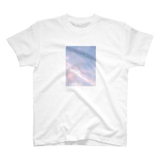 夏の空 いちごシロップ🍓 T-shirts