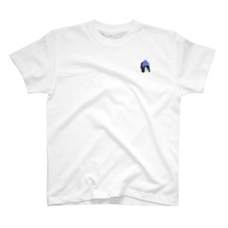 ワンポイント帽子をかぶった猫 T-shirts