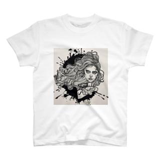 執念深い女 T-shirts