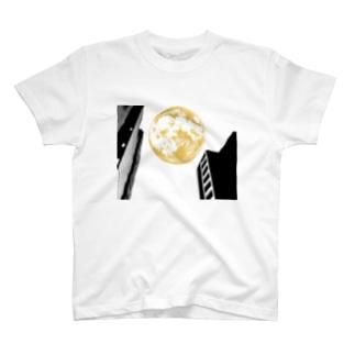 MOON / valley between building  T-shirts