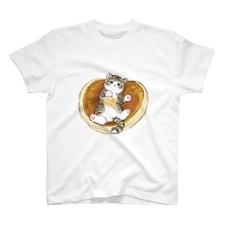 にゃんこパンケーキ T-shirts