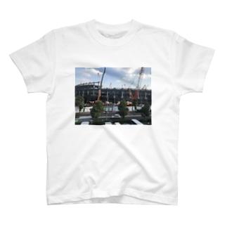 建設中の国立競技場パート2 T-shirts