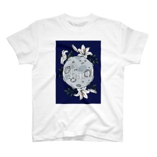Lily Moon T-shirts