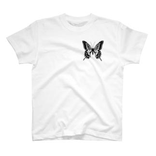 蝶 T-shirts