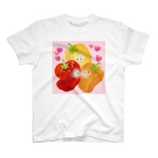 赤パプリカは誰が好きなの? T-shirts