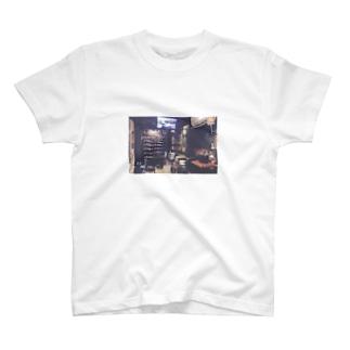 ミナトグリルのお土産屋さんの店内まとめ T-shirts