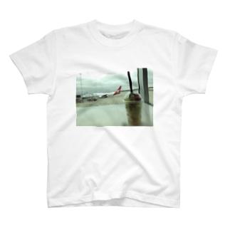 Melbourne Airport 2014 April T-shirts