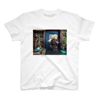 人形写真:ブロンド美女のギルド職員 Doll picture: Blonde Guild staff T-shirts
