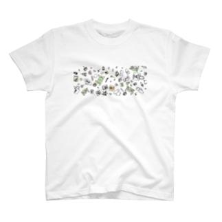 boocha七つ道具とグッズ柄 T-shirts