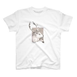 鹿飛び出し注意(カラー) T-shirts