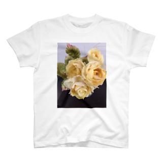 黄薔薇 T-shirts