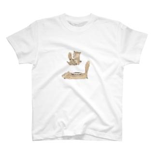 ひまわりとリス3 T-shirts
