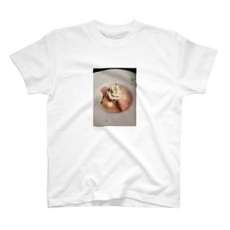 もも T-shirts