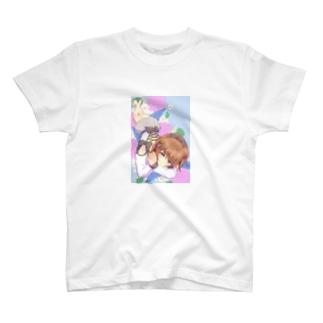 青い花と女の子 T-shirts