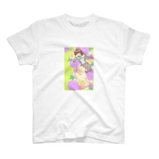 紫の花と女の子 T-shirts