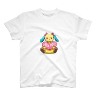 ハグミーうさぎ T-shirts