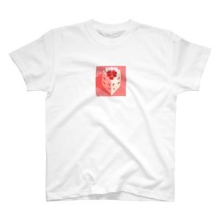 とがったケーキ T-shirts