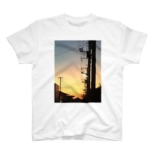 冬の6時 T-shirts