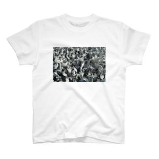 ホワイトテンプル002 T-shirts
