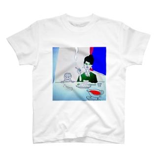 カレーを食べに銀座まで T-shirts