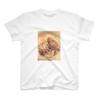納豆 T-shirts