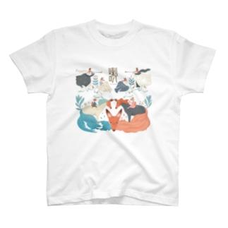 キツネの喇叭(らっぱ) T-shirts