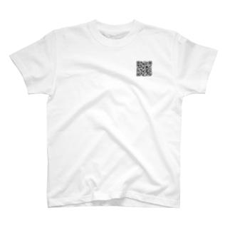 胸元にワンポイントのQRコードを T-shirts
