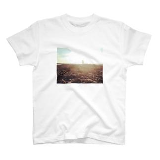引き潮 T-shirts