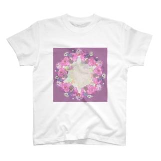 Hana7 T-shirts