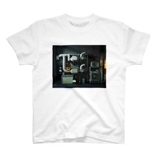 配管のある暮らし T-shirts