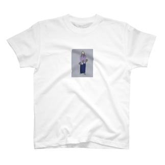 スケート女のコ T-shirts
