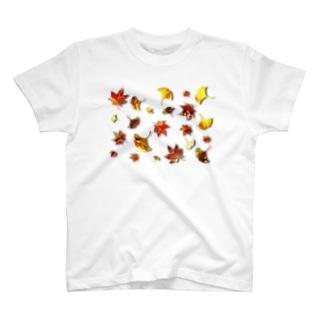 落葉 T-shirts