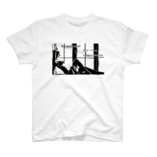 魅惑のガーターベルト T-shirts