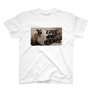 LOVE AND PEACE クラッシックVer T-shirts