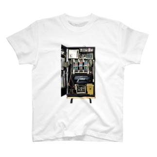 Slotmachine:Bunnygirl T-shirts