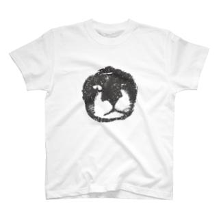 猫のマイケル T-shirts