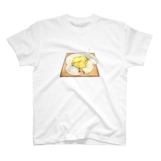 目玉焼きトースト♡ T-shirts
