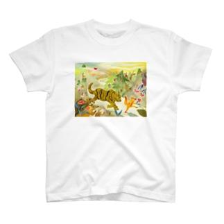 狐借虎威 T-shirts