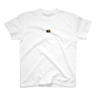 王亞王 T-shirts