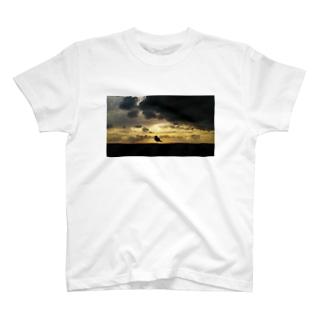 黄昏のうみねこ T-shirts