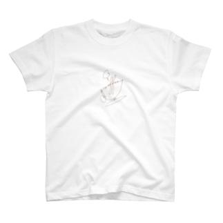 """繋ぎ文字""""Coffee""""のカップデザイン(ネームセンスなくてスミマセン) T-shirts"""