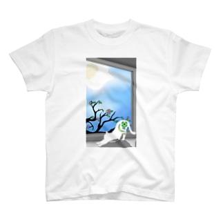 朝猫 T-shirts