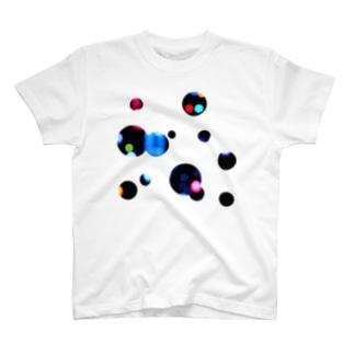 零れた黒 T-shirts