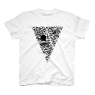 カオ T-shirts