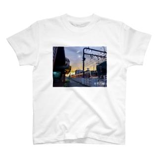 京央円線① T-shirts