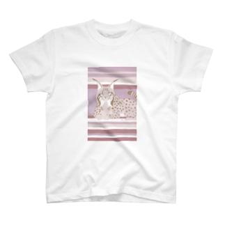 スペインオオヤマネコ T-shirts